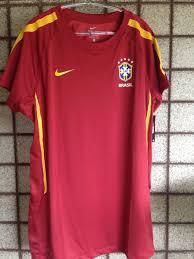 Você sabia que a seleção brasileira atuou de vermelho no ano da ... 988e1ce295236